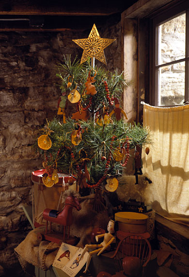Happily Ever After: The Art of Decorating a Christmas Tree