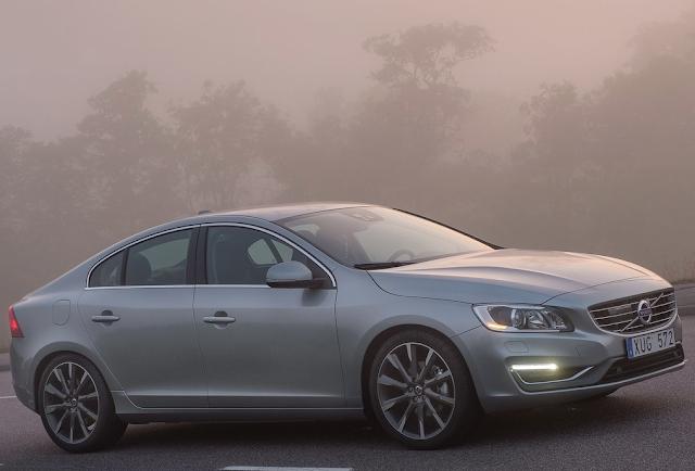2014 Volvo S60 grey fog