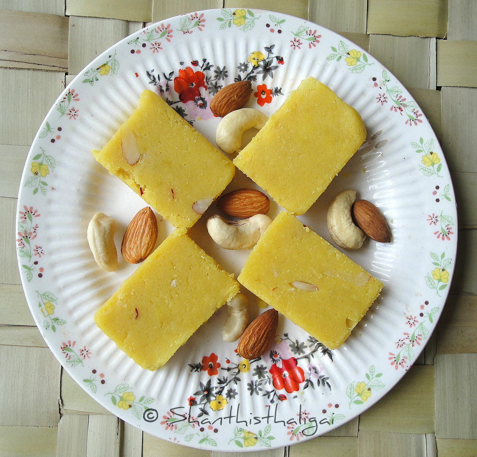 Kaju badam barfi recipe, How to make kaju badam barfi, How to make cashew almond barfi