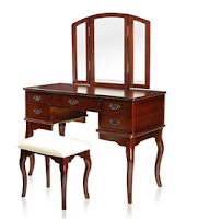 Chippendale Style Vanity Set