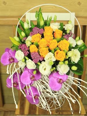 Mẫu lẵng hoa trang trí nhà ấn tượng trong ngày cưới