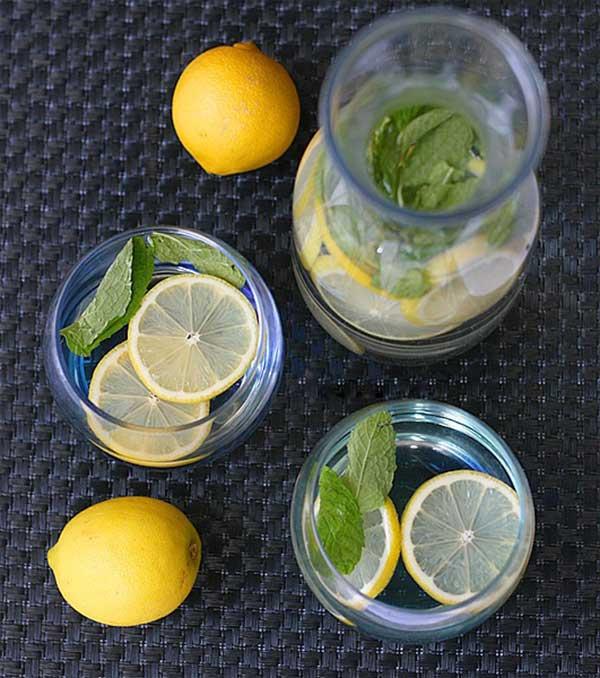 Công thức detox từ cam và việt quất