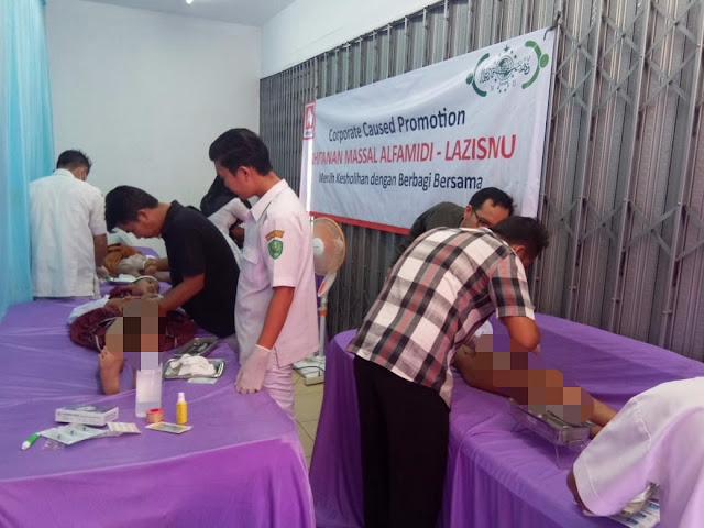 75 Anak Ikuti Sunatan Massal Alfamidi Medan di Batunadua Padangsidimpuan