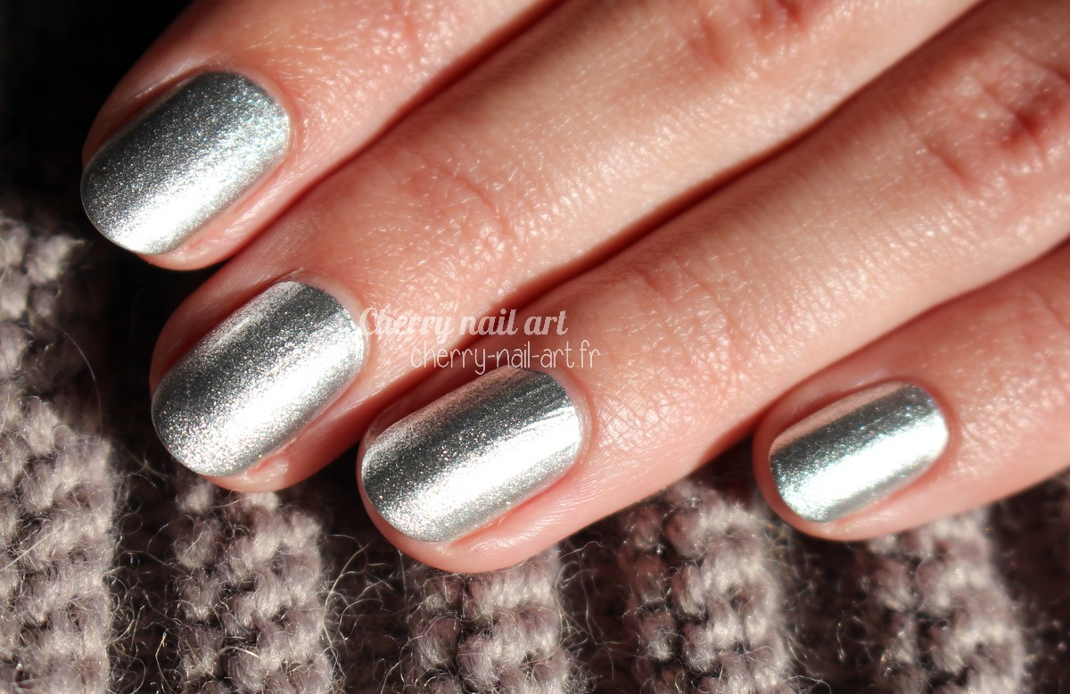 vernis-spray-marionnaud-silver-party
