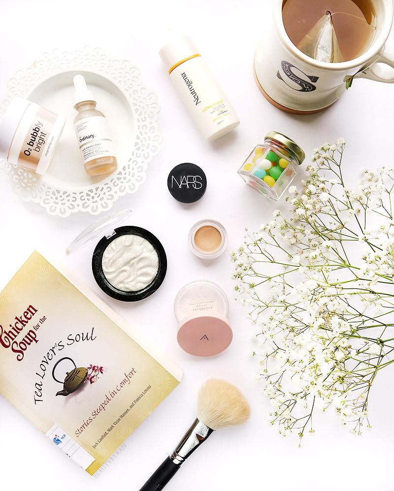 Althea Petal Velvet Powder, Makeup Revolution Flash Highlighter and Bliv Bubbly Bright Mask Review