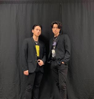[THEQOO] YG'nin Seungri'nin konserine iki dansçı yollaması VIP'leri öfkelendirdi