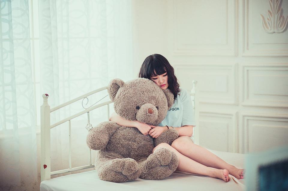 sad-sleepless-woman