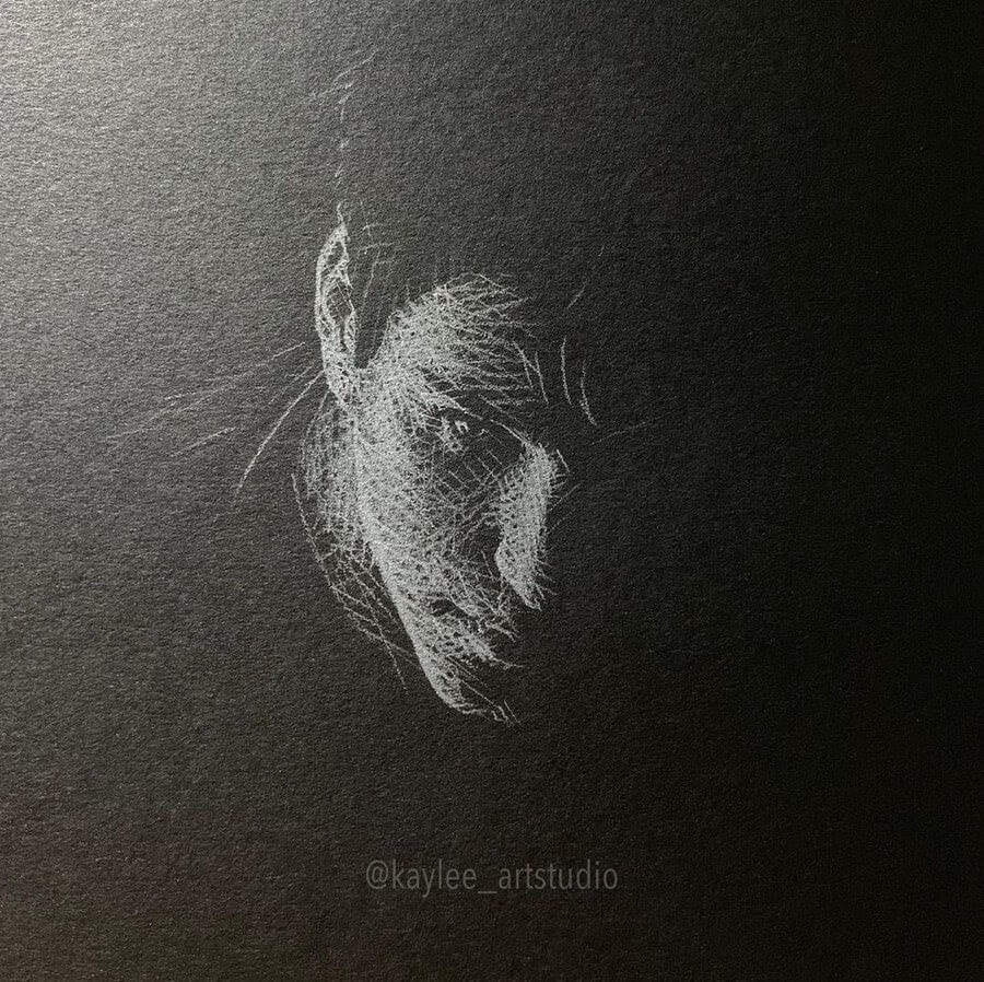 08-Portrait-from-Above-Kay-Lee-Drawings-www-designstack-co