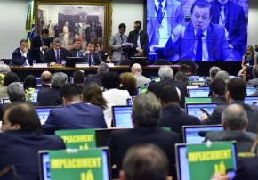 Aprovado: resultado da comissão do impeachment será lido na Câmara