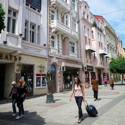 Calle comercial de Plovdiv, Bulgaria