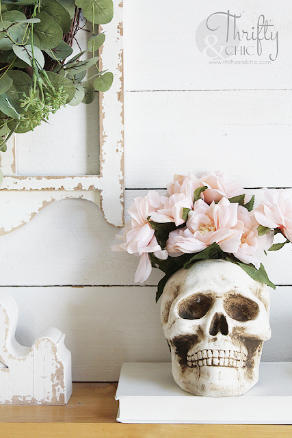 DIY Pastel Halloween blooming skull vase. Pastel Halloween decor. Pastel Halloween crafts and projects. DIY Pastel Halloween decor tutorial. .