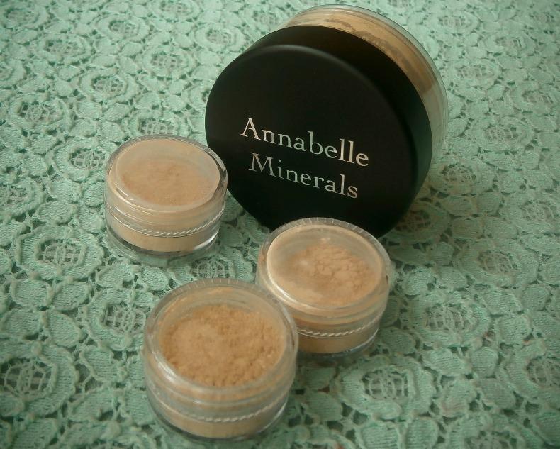 Idealnie gładka twarz, czyli początki z Annabelle Minerals