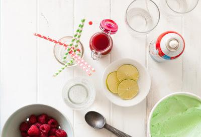 nguyên liệu Raspberry Lime Ricky Floats
