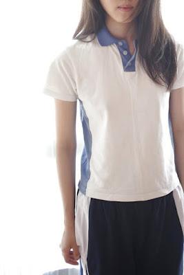 Pelajar SMA China Pulang Sekolah Langsung Cus Ke Kamar dengan Berpose Bugil