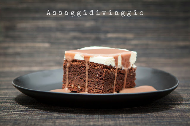 Triple chocolate brownies crunch - Brownie al triplo cioccolato e noci