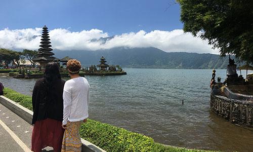 Lake Bratan Bali Bedugul Beratan Lake Indonesia