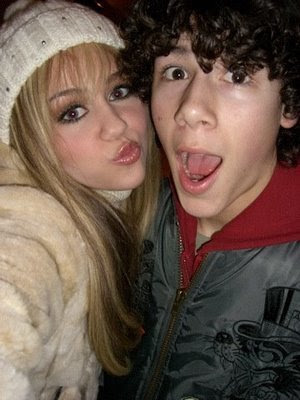 Nick Jonas and Miley cyrus