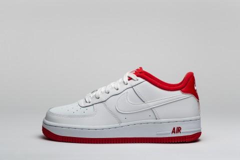 Adidasi femei albi Nike Air Force 1 GS pret mic