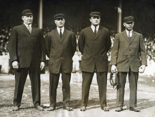 Cricket Whites Umpires Officials Lightweight Style Jacket Modern Umpiring Coat