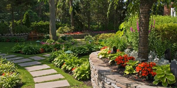 Tips Merancang Taman Rumah Hemat Biaya