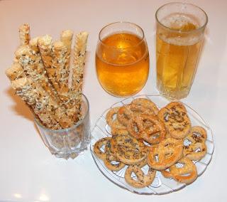 covrigei pentru bere, covrigei de bere, retete saratele si covrigei aperitiv serviti cu bere, retete culinare, retete rapide pentru musafiri,