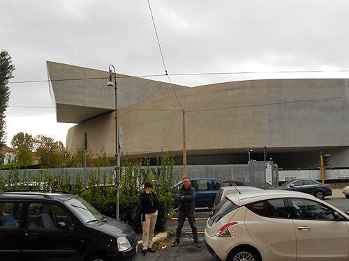 Urbatorivm la huella de zaha hadid en roma el museo for Biblioteca maxxi