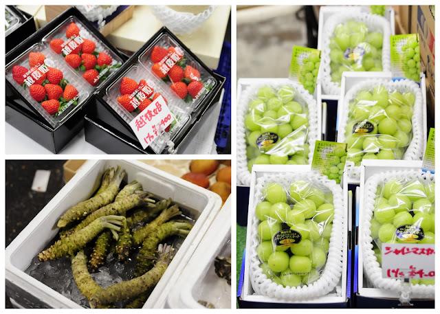 Fruit stalls at Tsukiji Market
