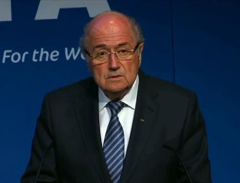 Joseph Blatter comunica su renuncia a la FIFA