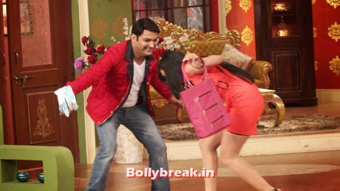 Kapil Sharma, Shweta Tiwari, Shweta Tiwari in Red Dress on Comedy Nights with Kapil
