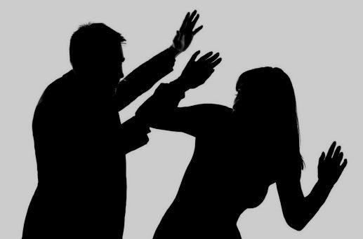 Αποτέλεσμα εικόνας για κακοποιημενη γυναικα