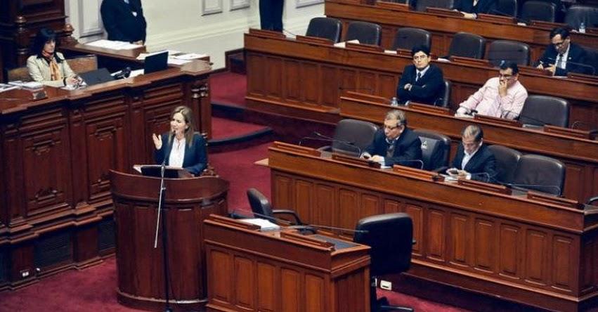 Congresistas de oposición exigen que Ministra Martens se vaya, pero eluden pedir la censura