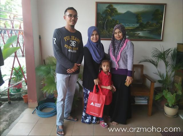 bertemu blogger anajingga, cik puteri dan blogger anajingga,