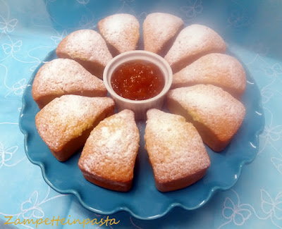 Torta all'acqua con marmellata