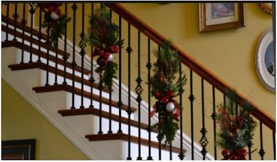 decorar las escaleras con ramas de flores buscar imagenes bonitas navideñas de decoracion