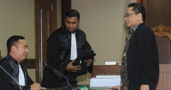 Eks Auditor BPK Rochmadi Saptogiri Divonis 7 Tahun Penjara
