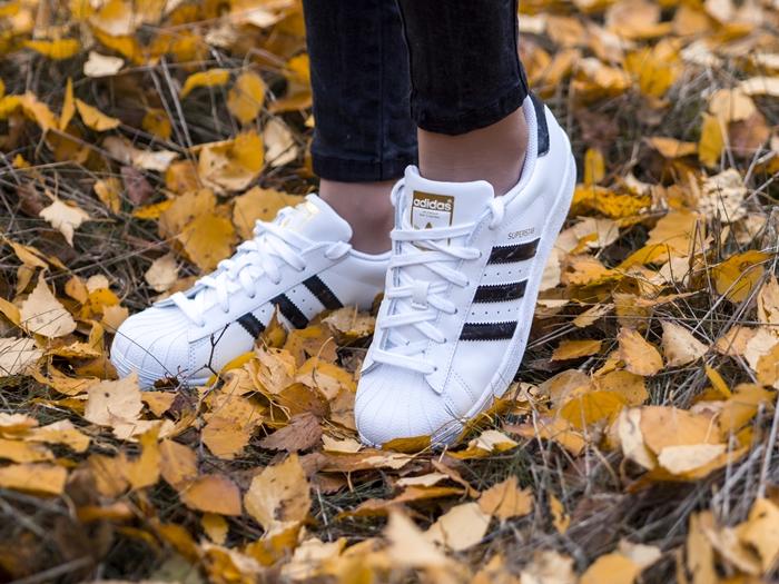 buty ze strony footway