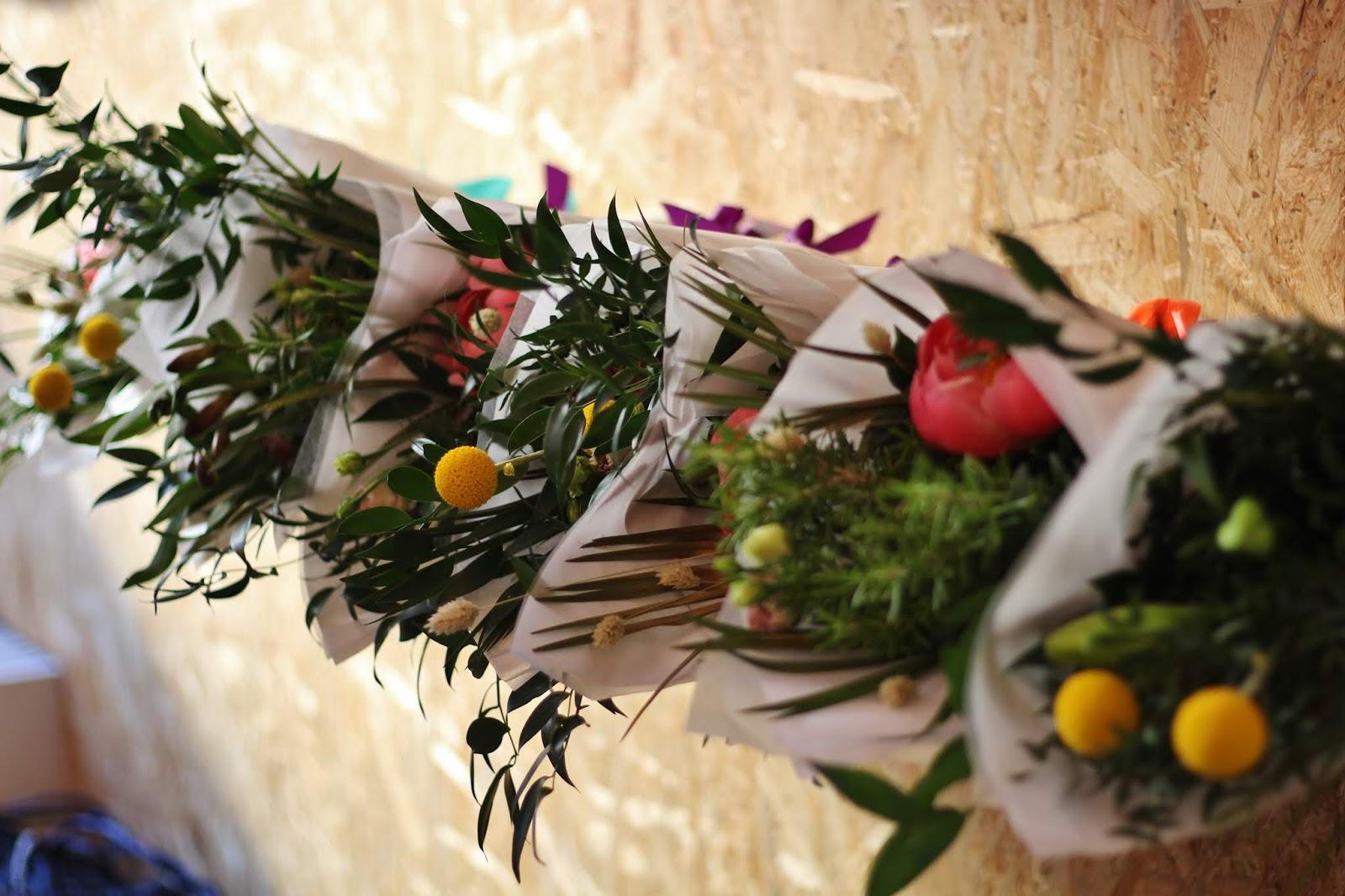 Turkulainen floristi Arteflos tarjosi bloggaajille todella kauniit leikkokukkakimput