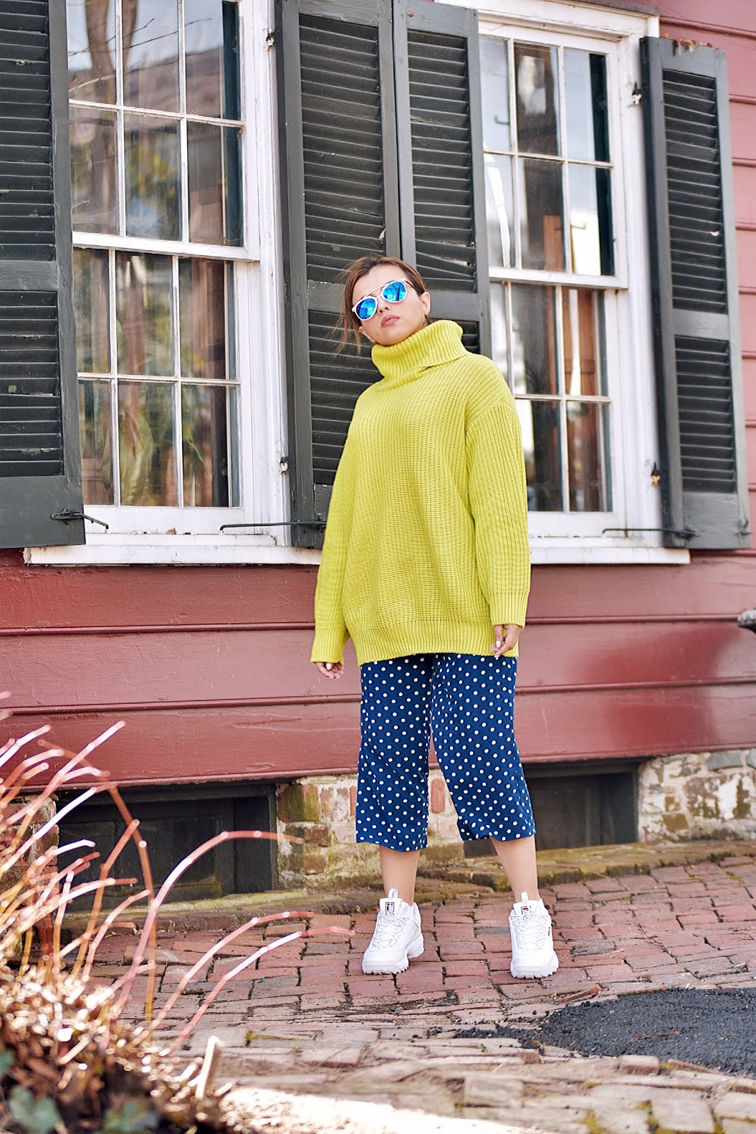 Neon Lime Knitted Oversized Polo Neck Jumper by Mari Estilo-dcblogger-emmeluxefinery-fashionblogger-armandhugon-streetstyle-fashionista-it girl-youtuber-modaelsalvador-fila shoes-polka dots pants-polka dots-tendencia neon-