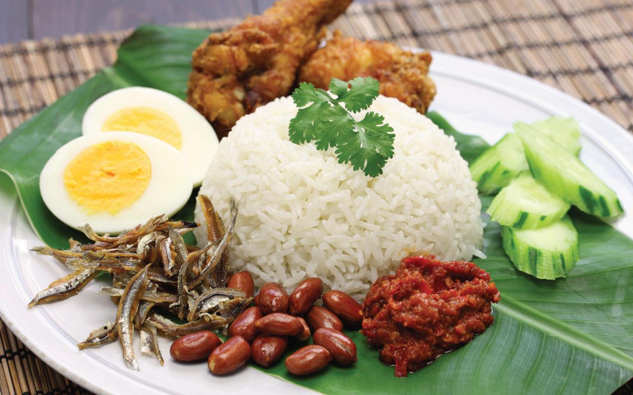 Image result for nasi lemak dan kuih-muih