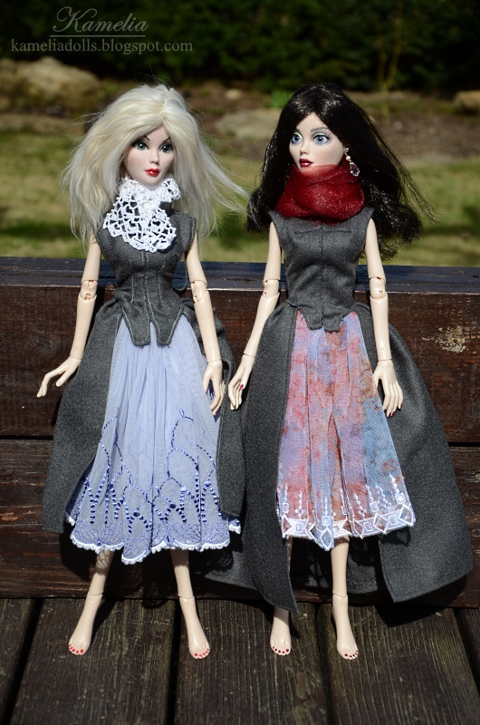 Handmade outfits and jewellery for Wilde Imagination dolls