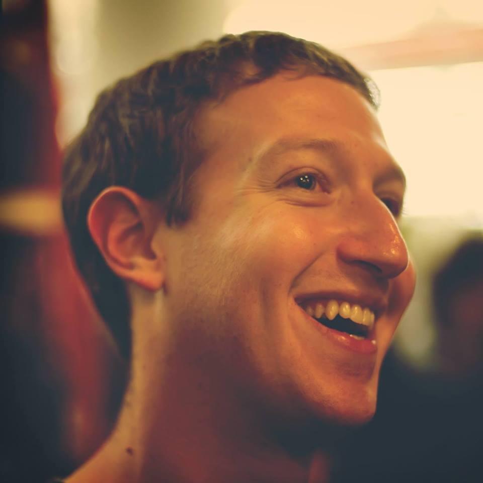 Facebook單日使用人數破10億,全球七分之一人齊上線