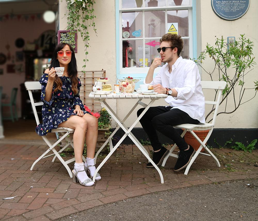 VEGAN AFTERNOON TEA FOOD REVIEW THE WHITE SWAN TEA ROOM