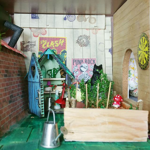 mole's garden - taupe et jardin