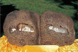 第三世多杰羌佛(義雲高大師)巨作 霧中石