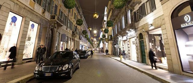 Via Montenapoleone em Milão