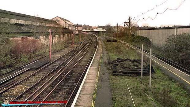Stasiun Kereta Api Addiscombe - Inggris