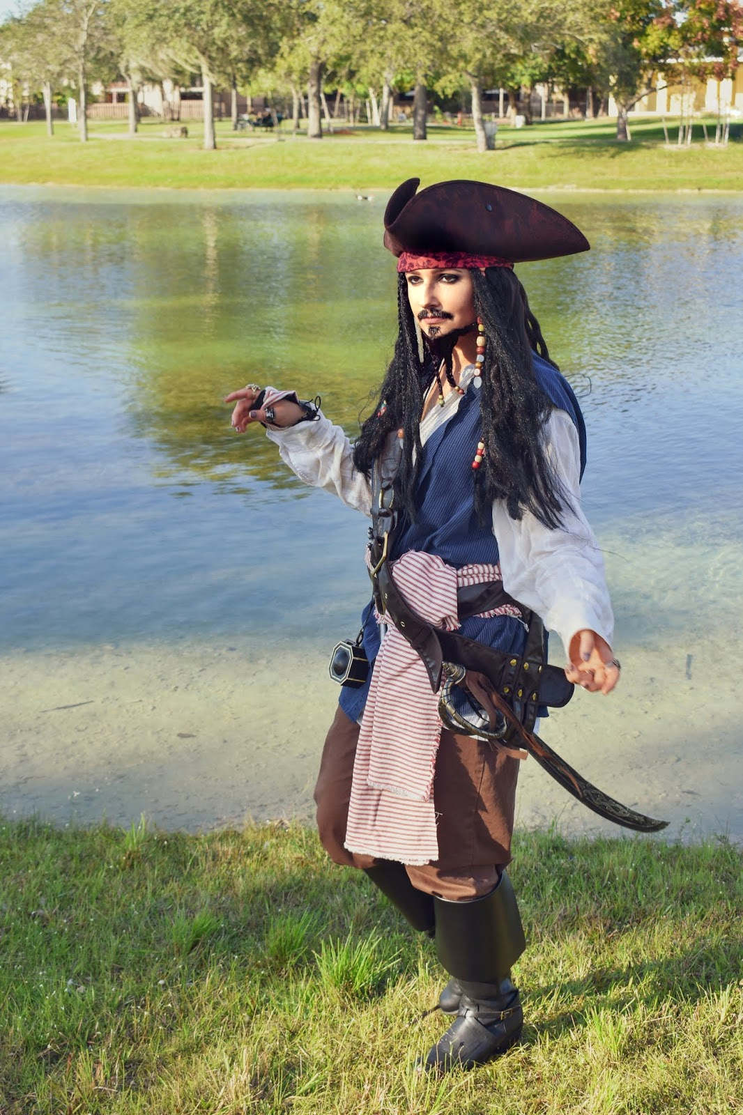 How To Create The Perfect Captain Jack Sparrow Costume