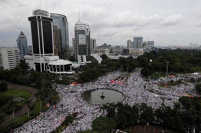 Anak Soekarno Didakwa Cuba Jatuhkan Kerajaan Dalam Demo Anti-AHOK