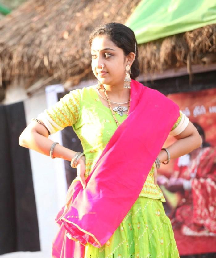 Murattu Kaalai Movie Latest Stills: LATEST MOVIE MASALA: NITHYA DAS HOT PHOTOS STILLS AT