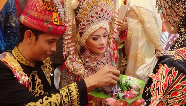 7 Alasan Orang Aceh Telat Menikah